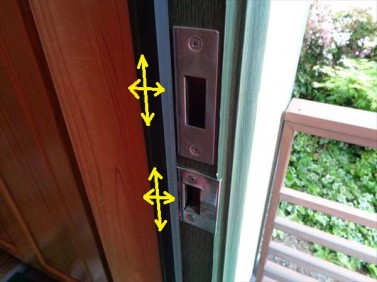 玄関ドア調整