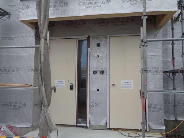 外壁防水紙貼り