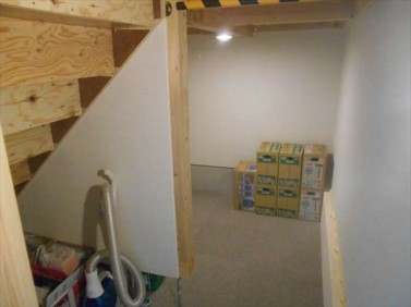 階段下収納