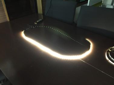 テープLED照明2